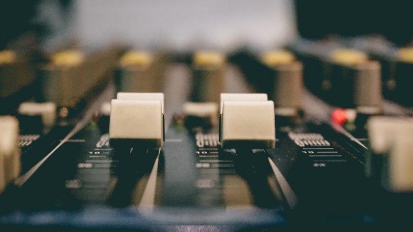 Anuncio de radio online